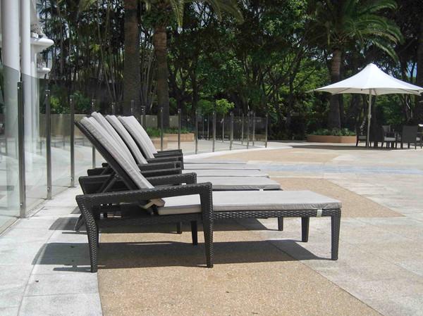澳洲黄金海岸皇冠假日酒店户外家具项目