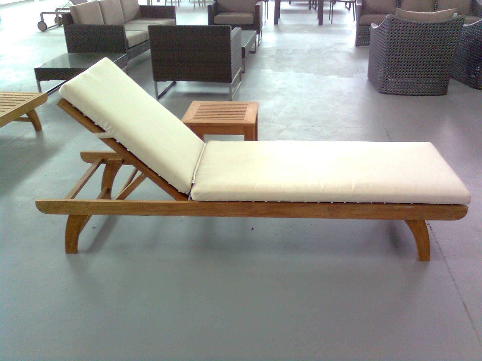 康福特设计师教您如何区分真假柚木家具?