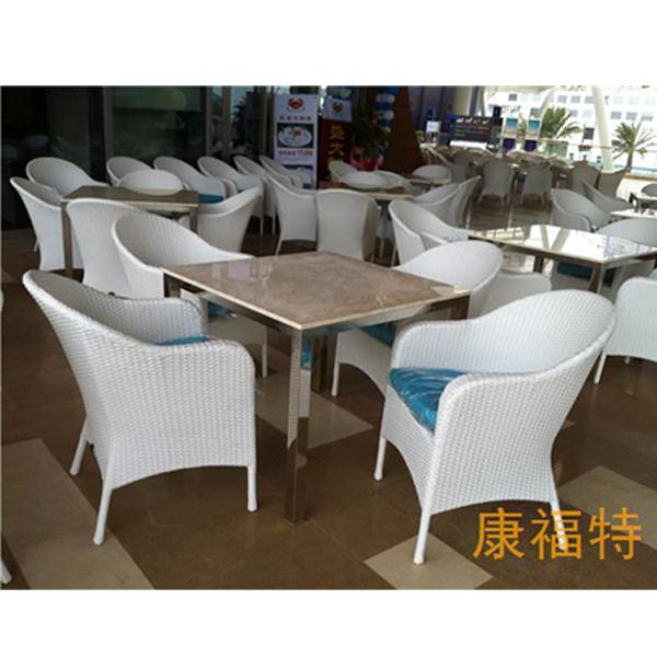 西餐厅户外桌椅